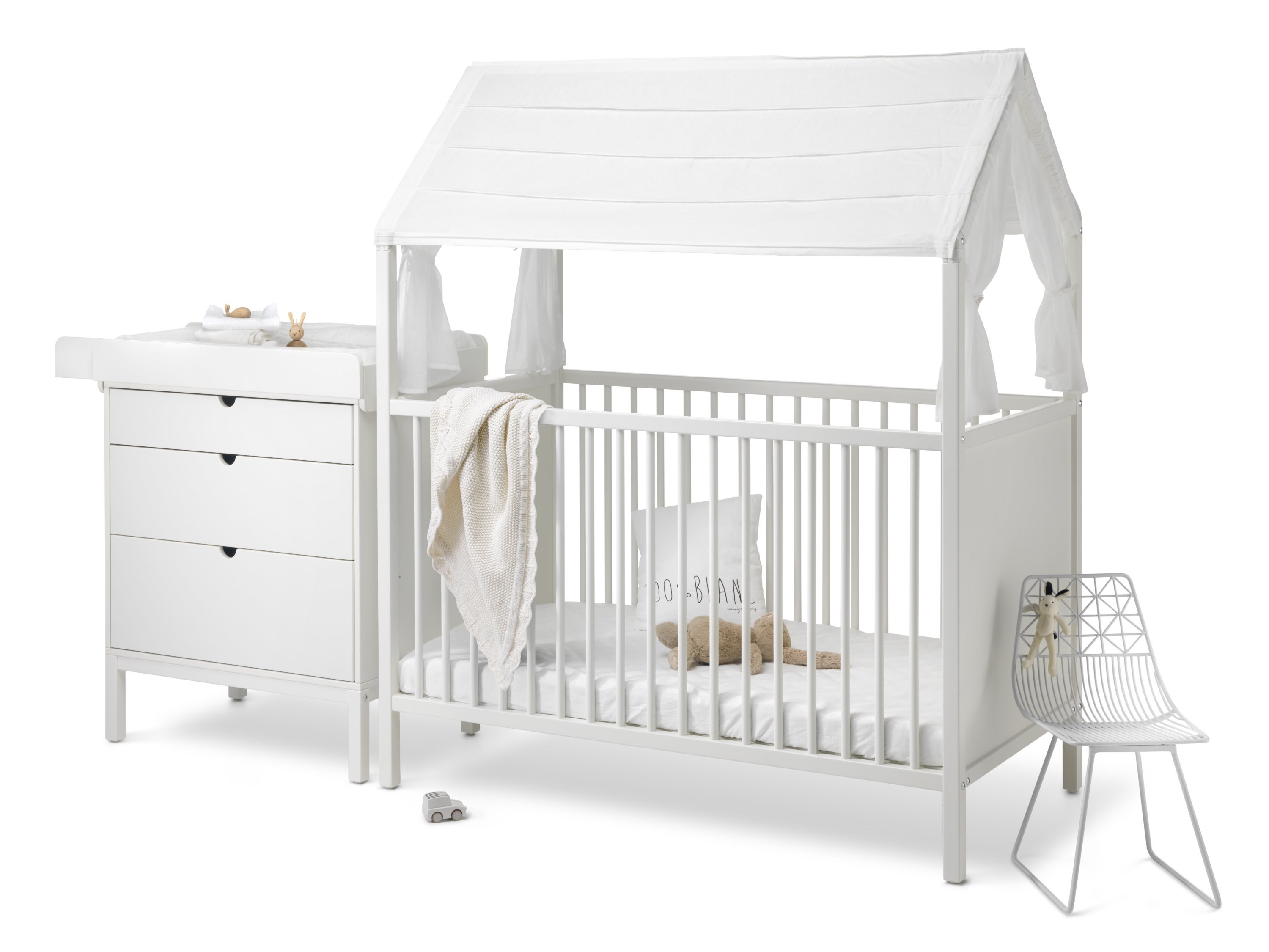stokke home bett und wickeltisch wei pretababy pr t. Black Bedroom Furniture Sets. Home Design Ideas